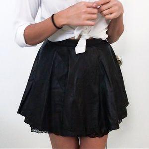 Alice + Olivia Pleated Leather Skirt Sz. 0